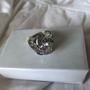 Jewelry - NWT Silver Rose Ring S8